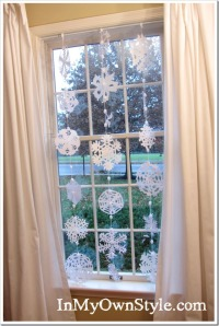 Snowflakes-hanging-in-windo_thumb